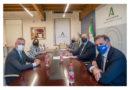 """El Patronato de la Alhambra, la Autoridad Portuaria de Motril, Cetursa-Sierra Nevada y la Federación de Hostelería unen """"fuerzas"""" para potenciar el atractivo de Granada ante el turismo de cruceros<br/><span style='color: #077dbc;font-size:65%;'>Los principales entes han mantenido un encuentro de trabajo en la Delegación del Gobierno de la Junta en Granada, liderado por el delegado, Pablo García</span>"""